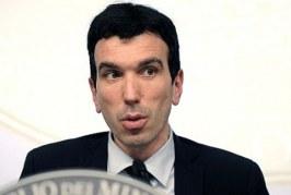 Scontro Italia-Europa sulle modalità di etichettatura: Il Ministro Martina difende le sue scelte