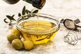 """L'olio di oliva extravergine diventa """"farmaco"""" negli USA"""