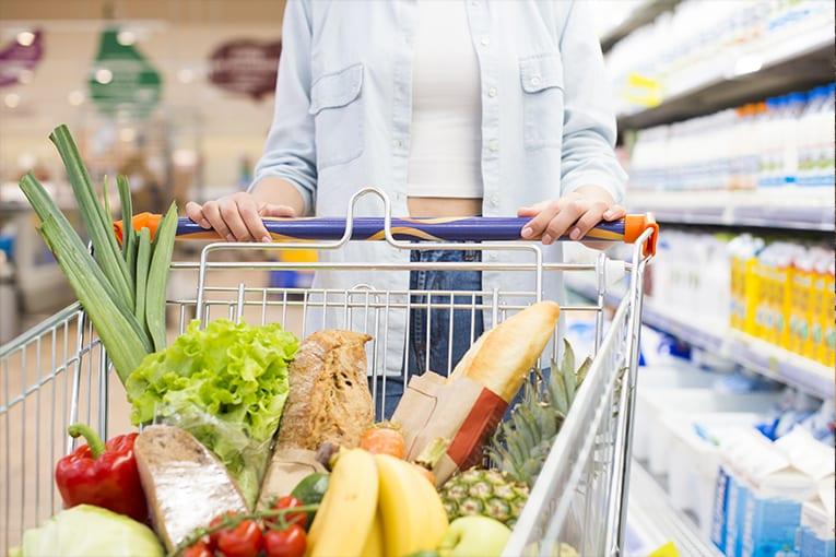Coronavirus: il settore alimentare aumenta il fatturato del 7,9% sugli scaffali dei mercati