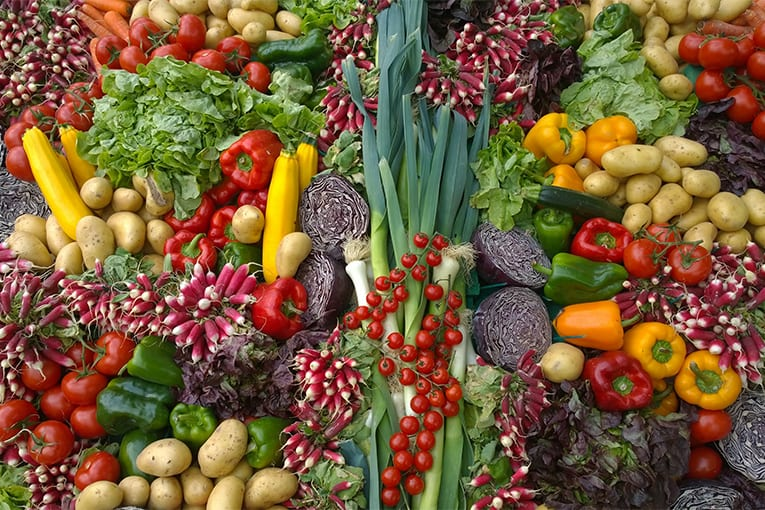 Le associazioni ambientalistiche e del biologico contro il Report EFSA sui residui negli alimenti